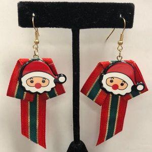 🎅🏼 Santa w/gold/Red/Green Ribbon Earrings
